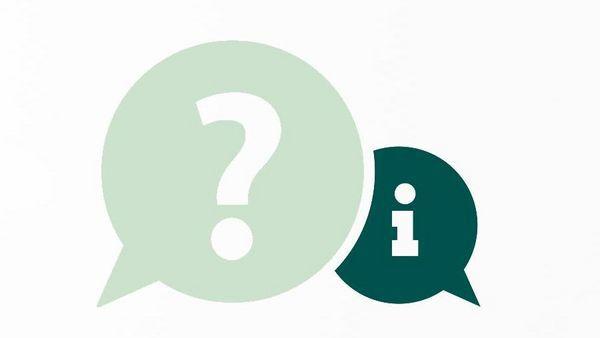 Zwei grüne Sprechblasen mit jeweils einem Fragezeichen und einem Ausrufezeichen darin.