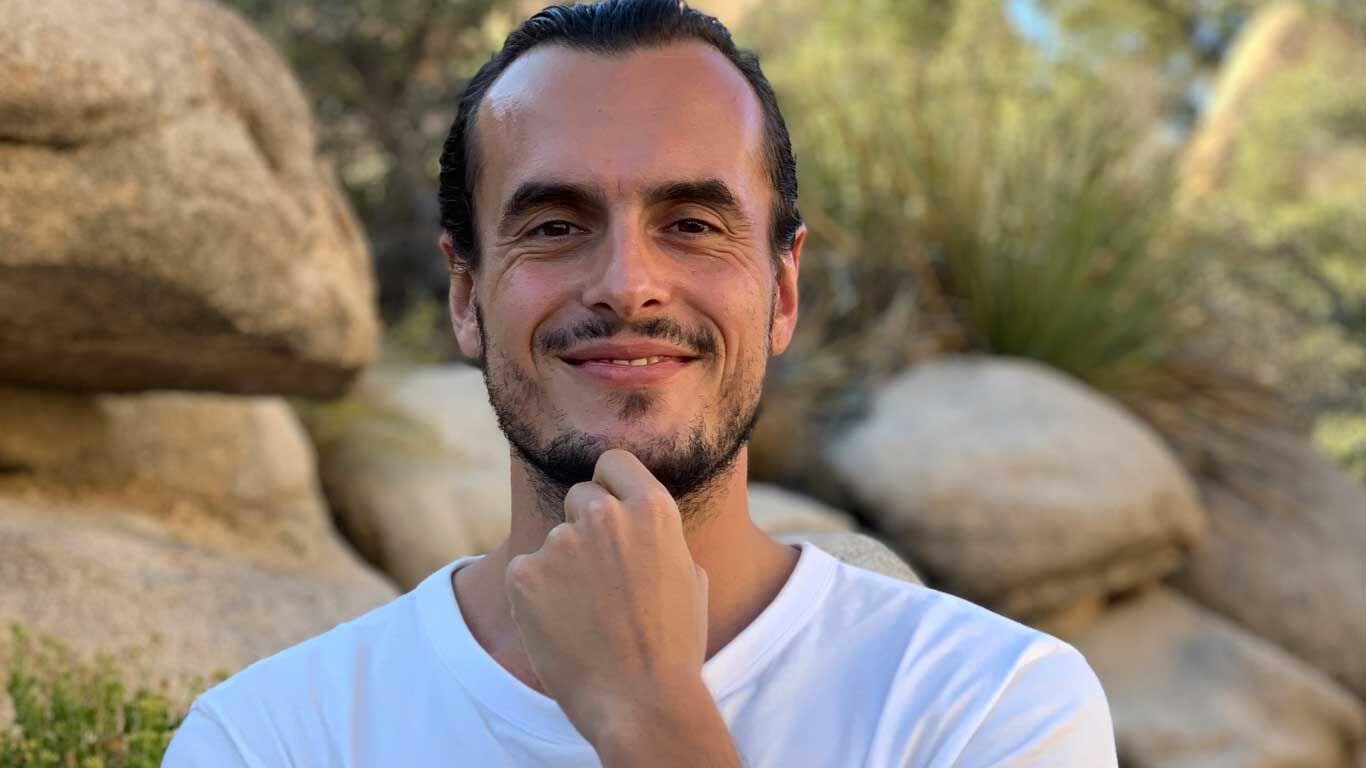 Chris Bloom ist Lebenscoach und Motivationskünstler