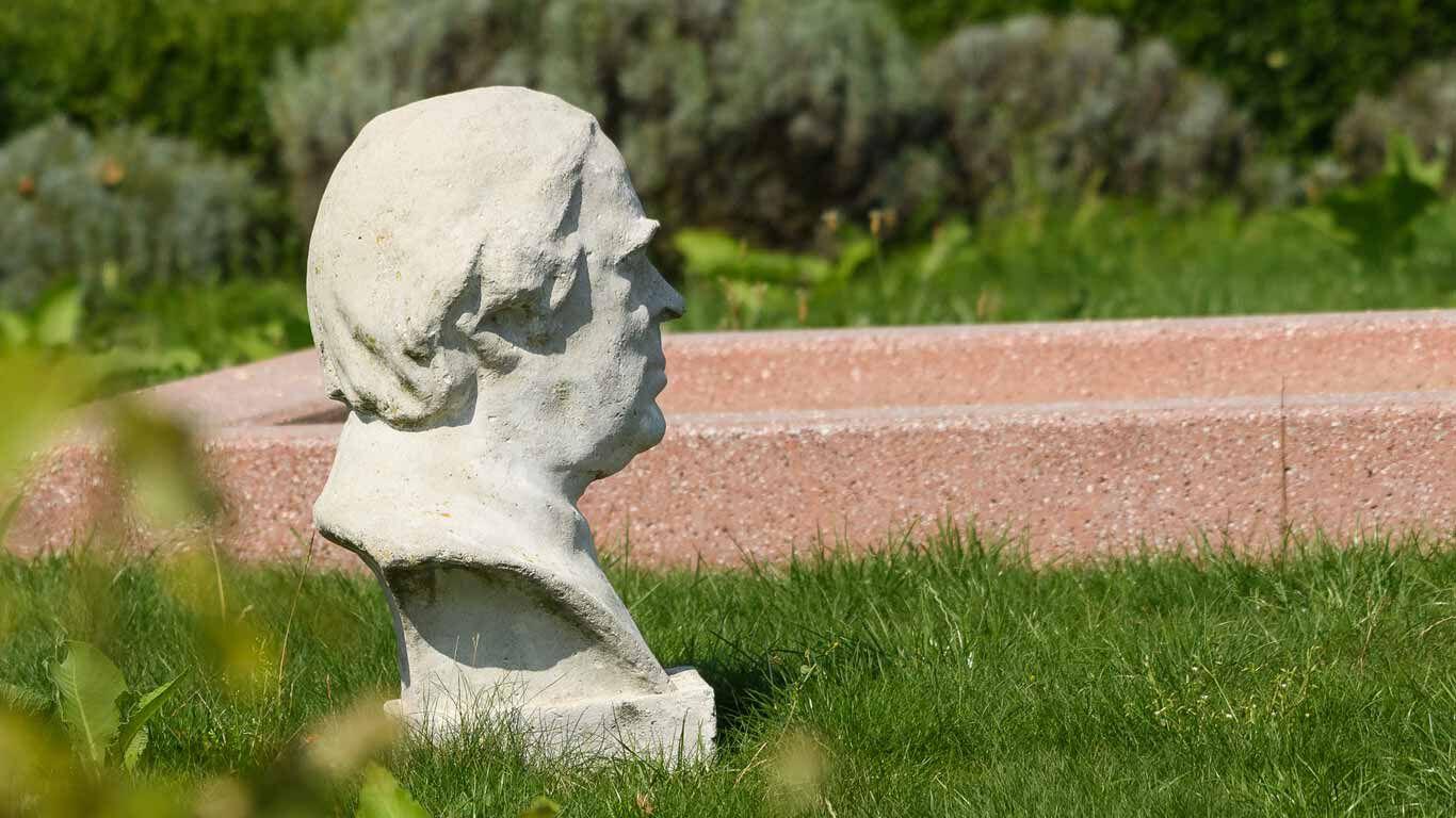 Statue Sebastian Kneipp
