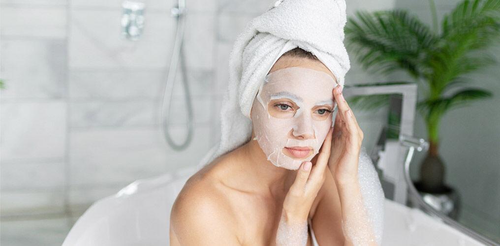 Step 2: Anwendung einer Tuchmaske