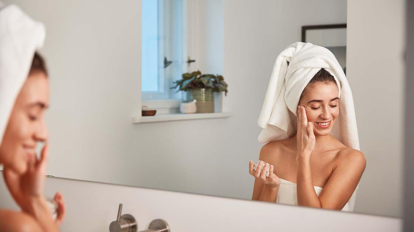 Gesichtspflege bei trockener und sensibler Haut: milde Reinigungs- und Pflegeprodukte