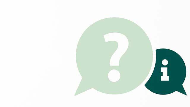 Fragezeichen und Infozeichen in grünen Sprechblasen.