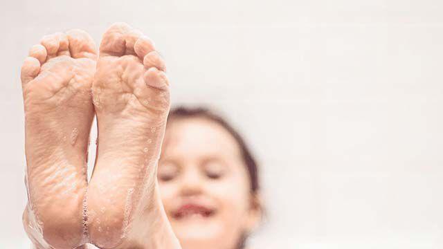 Kneipp-Badetipp: Kinder lieben Badespielzeug.