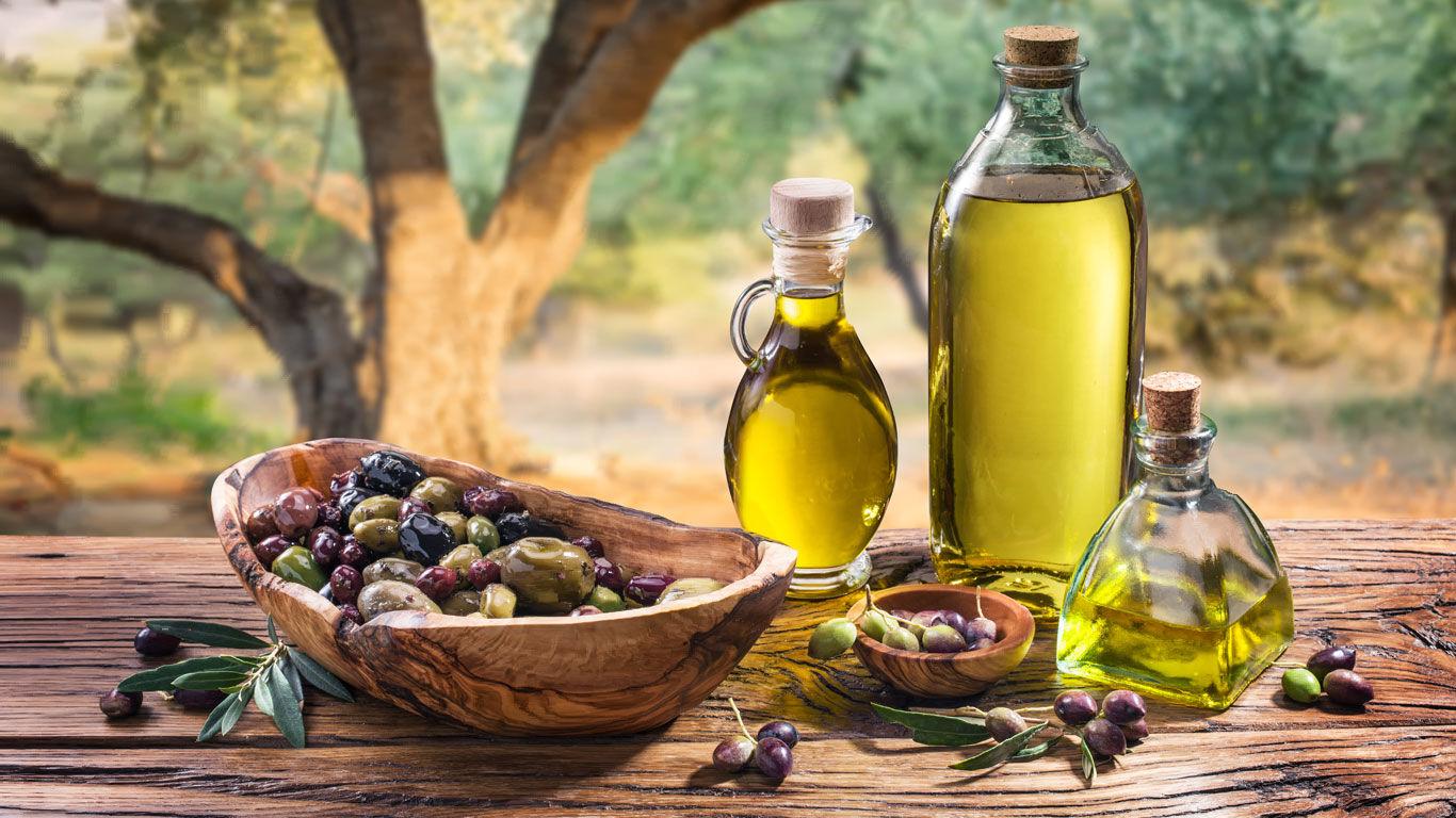 Olivenöl als Pflege für trockene Haut